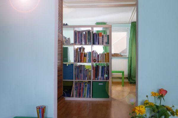 Blick ins Wohnzimmer im Institut für Sprachen in Blankenese - Mathilde Mag