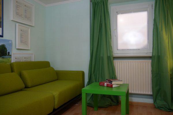 Die Sofa-Ecke im Institut für Sprachen in Blankenese - Mathilde Mag