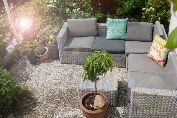 Garten-Sitzecke am Institut für Sprachen in Blankenese - Mathilde Mag